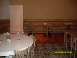 Sedir Beyaz Restoran Yuvarlak Masası