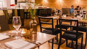 Restoran Ahsap Sandalye
